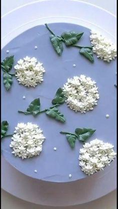 Buttercream Cake Decorating, Cake Decorating Designs, Creative Cake Decorating, Cake Decorating Videos, Cake Decorating Techniques, Creative Cakes, Cake Icing Techniques, Piping Techniques, Bolo Floral
