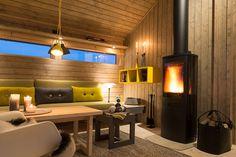House Design, Modern Beach House, House, Modern Cabin, Home, Barn Living, Log Homes, Cabin Homes, Home Decor