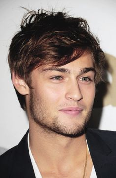 Douglas Booth is going to blow up very soon, mark my words. He was cast as Romeo in the new Romeo and Juliet reboot