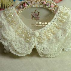 Bead Crochet, Diy Crochet, Vintage Crochet, Crochet Necklace, Sleeves Designs For Dresses, Sleeve Designs, Golas Peter Pan, Crochet Collar Pattern, Sewing Collars