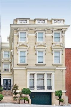 Ever wanted to peek inside a San Francisco mansion?  This one is on the market for $6.5M...  You're welcome.