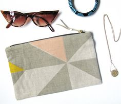 www.tamasyngambell.com Cosmetic Pouch, Louis Vuitton Damier, Screen Printing, Cosmetics, Tote Bag, Pattern, Bags, Accessories, Handbags