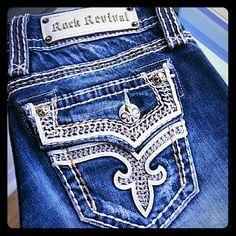 Rock revival Kai skinny jeans Excellent condition. ..inseam 31 in Rock Revival Jeans Skinny