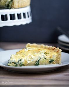 A perfect meal is served with this Spinach, Leek and Goat Cheese Tart! It's made with gluten free pie crust so you're gluten free friends can enjoy it too! Cheese Tarts, Goat Cheese, Savory Tart, Savoury Pies, Recipe Filing, Fruit And Veg, Fruit Recipes, Food Inspiration, Love Food