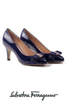 Beauty! Salvatore Ferragamo Pumps -Blue Carla Bow Kitten Heel