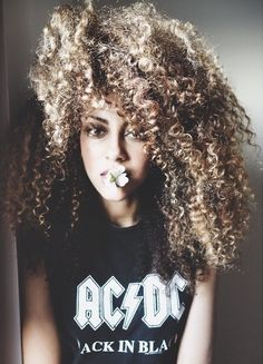 I have a curl pattern similar to hers