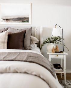 Guest Bedroom Decor, Bedroom Wall Colors, Guest Bedrooms, Tree Bedroom, Bedroom Fun, Guest Room, Master Bedroom, Bedroom Inspo, Bedroom Ideas