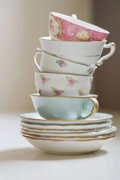 ♔ Teacups Display