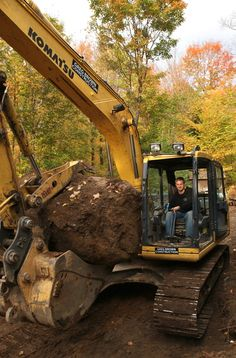 """Creating the Perfect Deck and Landscape - Colin & Justin  """"Andrew Brown makes the earth move..."""""""