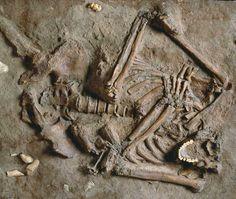 Uno de los más antiguos enterramientos de Neandertales: 60.000 B.P, en el yacimiento Kebara II.