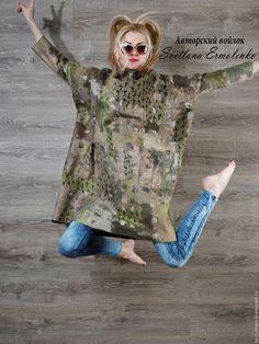 Купить или заказать Туника оверсайз 'Интрига' в интернет-магазине на Ярмарке Мастеров. Туника оверсайз, практически без размерная. Туника тепленькая, достаточно плотная.Такое платье-пальто в бохо стиле!!! смело можно носить поверх платья или на майку с джинсами. в зависимости от погоды и настроения. Шикарная, стильная и уютная вещь. Длина 98 см. ширина в самом широком месте 85см к низу заужено 68…