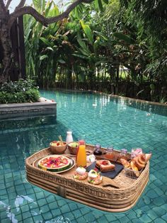 The first time in Bali? Before you plan a place to stay, em . Bevor Sie eine Unterkunft planen, empfehlen wir Ihnen dringend … The first time in Bali? Before you plan a place to stay, we urge you to … – - Oh The Places You'll Go, Places To Travel, Travel Destinations, Places To Visit, Travel Aesthetic, Aesthetic Food, Travel Goals, Travel Trip, Adventure Travel