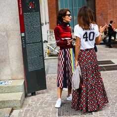 "3,818 Likes, 47 Comments - Walking Canucks (@walkingcanucks) on Instagram: ""Milan Fashion Week . . 📷: @walkingcanucks  #milanfashionweek #fashionweek #milan #streetstyle…"""