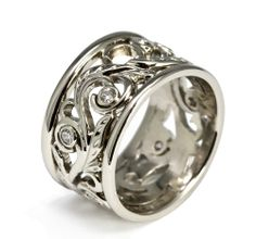 Hand-forged 19K White Gold and Diamond Filigree Ring