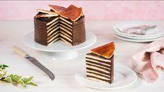 Veronika Bušová stavila na klasiku a pripravila Dobošovú tortu. Môžete ju pripraviť aj ako dobošové rezy. Celý postup nájdete v Lidl Cukrárni na stránke kuchynalidla.sk. Czech Recipes, Russian Recipes, Ethnic Recipes, Lidl, No Bake Cake, Tiramisu, Waffles, Cake Decorating, Sweet Tooth