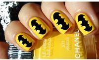 Batman nails- I actually considered doing this to my nails, but I wouldn't know how to make the symbol. So Nails, How To Do Nails, Cute Nails, Pretty Nails, Hair And Nails, Yellow Nail Polish, Yellow Nails, Polish Nails, All Things Beauty