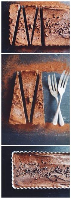 Raw Vegan Chocolate & Cashew Tart