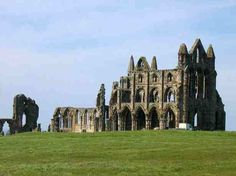 Would love to go Whitby, North Yorkshire, England It is said that the novalist Bram Stoker wrote his novel Dracula here in Whitby. Yorkshire England, North Yorkshire, Whitby England, Celtic Christianity, Real Castles, Whitby Abbey, Dark Blue Background, To Infinity And Beyond, Oh The Places You'll Go