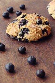Schockverliebt in New York und nun zum ersten Mal selbst gebacken: Blueberry Scones | A Cake A Day | Mein Foodblog