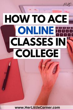 Learn how to ace your online college classes with these awesome tips for studying, note taking , organization and productivity tips. Learning online doesn't have to be hard! College Freshman Tips, College Schedule, College Life Hacks, College Planning, College School, College Note Taking, Note Taking Tips, College Notes, College Organization Notes