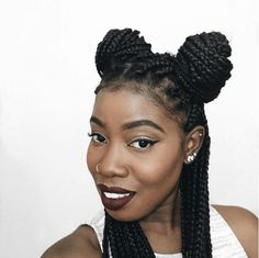12 Hairstyles You Can Create With Box Braids shows various styles from top knots to pigtails and more that you can create using this great protective style Click this image for more info. Twist Box Braids, Small Box Braids, Short Box Braids, Fishtail Braids, Twists, Haircut Styles For Women, Short Haircut Styles, Protective Braids, Protective Hairstyles
