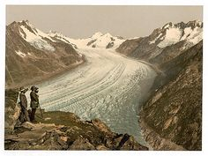 Grd glacier d'Aletsch avec Jungfrau Mœnch PZ vintage photochr Wallis, Best Digital Slr Camera, Mountain Pictures, Glacier, Photo Online, Vintage Photography, Vintage Postcards, Places To Go, Vintage Posters