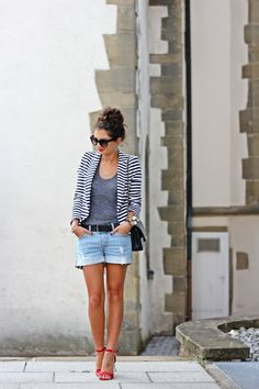 FashionHippieLoves: Striped Blazer + grey tee + jean shorts + red sandals  http://fashionhippieloves.com
