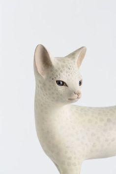 Close-up of a cat sculpture by Japanese artist Yoshimasa Tsuchiya - Wood carving