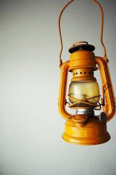 Vintage Yellow Winged Wheel No 350 Kerosene Lantern