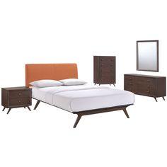 Tracy Queen Panel 5 Piece Bedroom Set