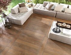 Porcelanosas Par-ker tile is perfect for outdoor spaces, providing you with a more durable and practically maintenance free deck or patio area. Par-ker, is our wood-look porcelain tile that allows you to have 'wood' in places you normally could not such as exteriors, bathrooms and kitchens.
