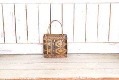 Vintage brown wicker rattan woven basket handbag/straw tote purse/straw basket bag by GreenCanyonTradingCo on Etsy