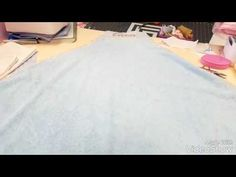 Toalla maternal - YouTube Youtube, Towels, Hands, Youtubers, Youtube Movies