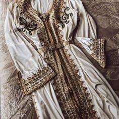 Ilana dresses (@ilanadresses) • Instagram photos and videos Ladies Day Dresses, Victorian, Photo And Video, Videos, Photos, Instagram, Fashion, Moda, Pictures