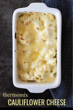 A comforting Thermomix Cauliflower Cheese which takes minimal preparation and makes a wonderful accompaniment to a Sunday roast. Brocoli And Cheese, Cheese Sauce For Broccoli, Cauliflower Cheese, Cauliflower Recipes, How To Make Cauliflower, Cashew Cheese, Thermomix Recipes Healthy, Veggie Recipes, Vegetarian Recipes