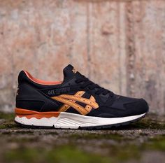 Asics Gel Lyte V: Black/Gold