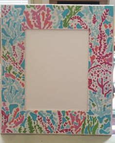 DIY Lilly Pulitzer frame #Lilly #LillyPulitzer #DIY #LetsChaCha