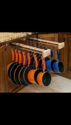 Kitchen pot & pan storage idea