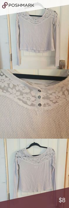 Abercrombie & Fitch Cropped Kace Top Long Sleeve Gently used super cute top looks great layered with a white tank.  Lace top detailing with a knit type crop bottom.  Really comfy. Abercrombie & Fitch Tops Tees - Long Sleeve