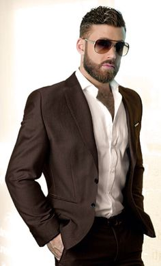 Logan Moore - I want to be transformed into him, have his face, hair and beard and then dress like him here. Awesome!!!