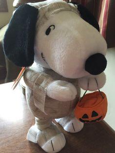 Hallmark Spooky Snoopy Halloween Plush Mummy Peanuts Sound & Motion
