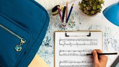 Key Signature Hacks: Easy Tricks for Memorizing Major and Minor Keys — Musicnotes Now Music Theory Piano, Piano Music, Sheet Music, Violin Sheet, Piano Sheet, Major Key Signatures, Music Hacks, Keyboard Lessons, Learn To Play Guitar