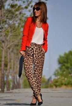 Zara  Pantalones, Stradivarius  Blazers and Zara  Camisetas