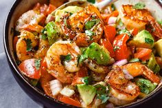 Easy Shrimp Avocado Salad with Tomatoes Einfacher Garnelen-Avocado-Salat mit Tomaten Lunch Recipes, Seafood Recipes, Low Carb Recipes, Dinner Recipes, Cooking Recipes, Healthy Recipes, Easy Recipes, Cooking Games, Diabetic Recipes For Dinner