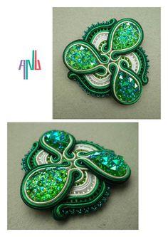 Handmade ANU Jewelry Soutache Brooche Green Soutache Pendant, Shibori, Beaded Embroidery, Turquoise Bracelet, Handmade Jewelry, Pendants, Brooch, Bracelets, Crafts