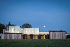 Graafjansdijk House / Govaert & Vanhoutte Architects