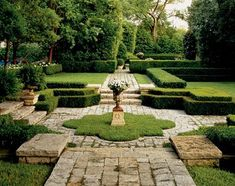 """YARD – great design! This has been in my files for a long long time as a picture perfect """"yard"""" (while I realize its far from your average yard) love the manicured, restrained feeling......visual perfection. Southern Accents"""