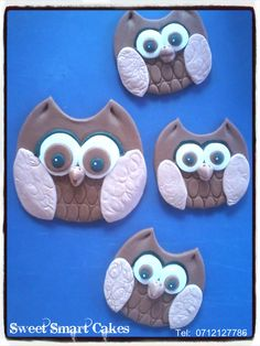 Edible gum paste owl cupcake toppers.  Large owls @ R12 each (10cm) Small @ R6 each (5cm) For more info & orders, email SweetArtBfn@gmail.com or call 0712127786 (BLOEMFONTEIN) Edible Gum, Edible Cake, Owl Cupcakes, Gum Paste, Cupcake Toppers, Owls, Fondant, Icing, Cake Decorating