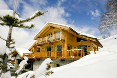 Chalet Holiday Rentals in Meribel, France | Chalet Infusion - 5* ski in chalet #hittheslopes
