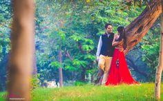 "Photo from Mani Sharma Photography ""Poorva + Aman"" album Pre Wedding Photoshoot, Wedding Shoot, Wedding Couples, Indian Wedding Couple Photography, Lehenga Wedding, Dehati Girl Photo, Indian Wedding Outfits, Wedding Goals, Photo Poses"